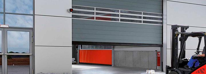 Спиральные ворота и скоростные секционные ворота Speed Hormann