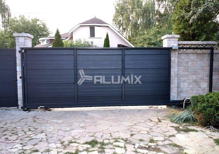 Откатные ворота и калитка для частного клиента 1