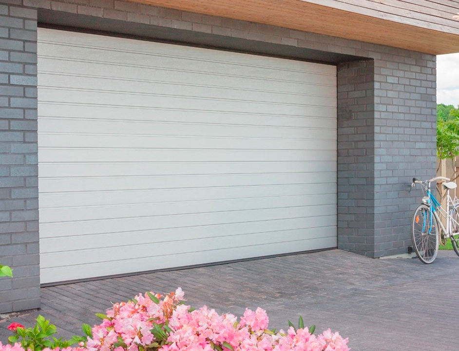 Только до 31 мая! При заказе гаражных секционных ворот Alutech — СКИДКА 10% и профессиональный монтаж в ПОДАРОК!