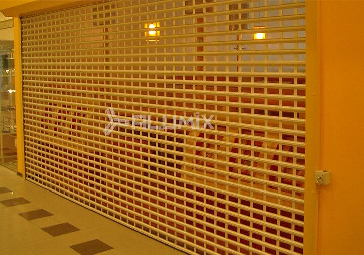 Роллетные решетки для магазина сладостей