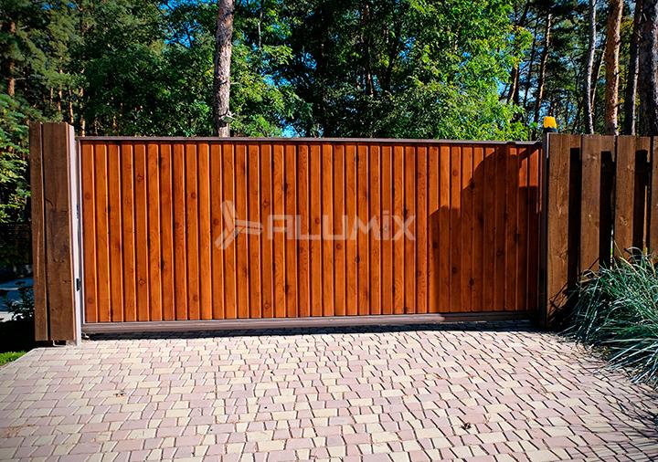 Откатные ворота для частного клиента
